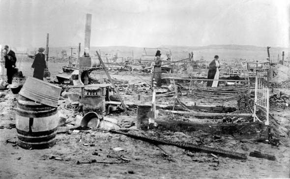 Ludlow tent camp burned to the ground